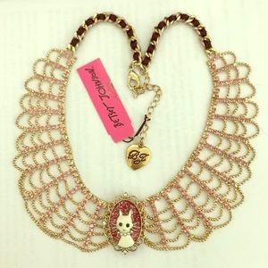 Betsey Johnson Paris Cat Cameo Collar Necklace